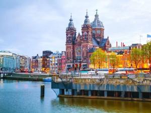 amsterdam-basilica-alamy